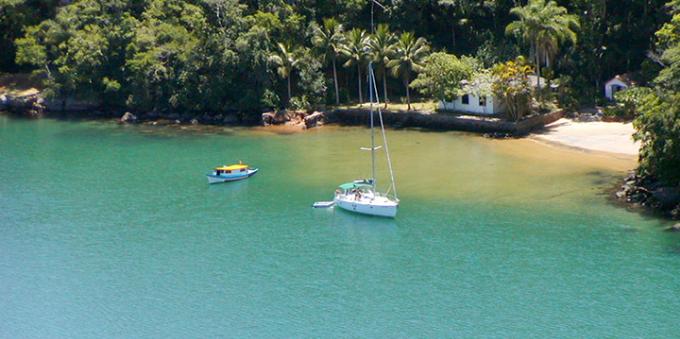 Saco do Céu, na Ilha Grande, em Paraty